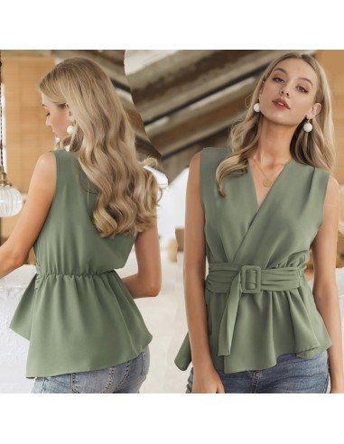 Sleeveless green casual t-shirt
